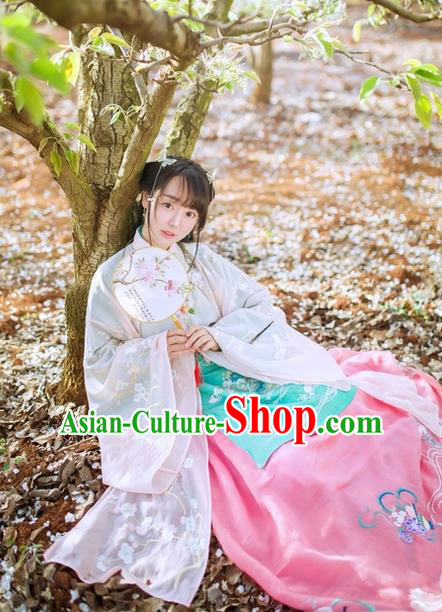 Traditional Chinese Ancient Ming Dynasty Noble Lady Costumes, China Princess Hanfu Embroidered Wide-sleeve Cardigan Blouse and Ru Skirt Complete Set for Women