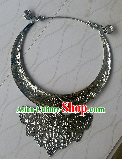 Traditional Chinese Miao Nationality Accessories Necklace, Hmong Female Ethnic Miao Sliver Necklet for Women