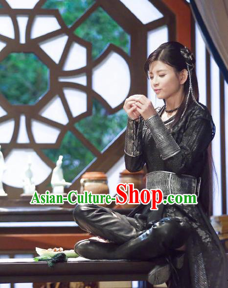 Chinese Ancient Tang Dynasty Swordswoman Costume and Headpiece Complete Set, Fighter of the Destiny Traditional Chinese Ancient Peri Heroic Woman Clothing