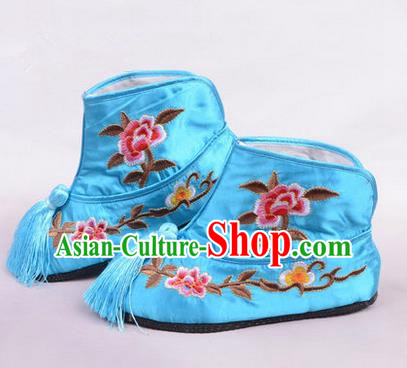 Chinese Ancient Peking Opera Martial Lady Embroidered Boots, Traditional China Beijing Princess Opera Blue Embroidered Shoes