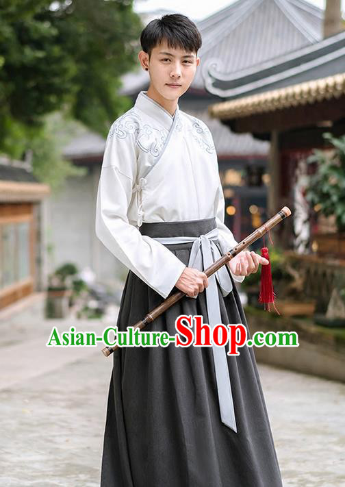 Traditional Chinese Han Dynasty Young Men Embroidery Costume, Elegant Hanfu Clothing Chinese Ancient Swordsman Dress for Men