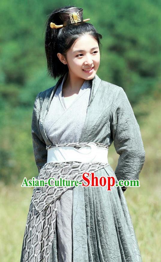 Asian Chinese Traditional Ming Dynasty Nobility Childe Costume and Headpiece Complete Set, China Elegant Hanfu Swordsman Embroidered Dress for Women