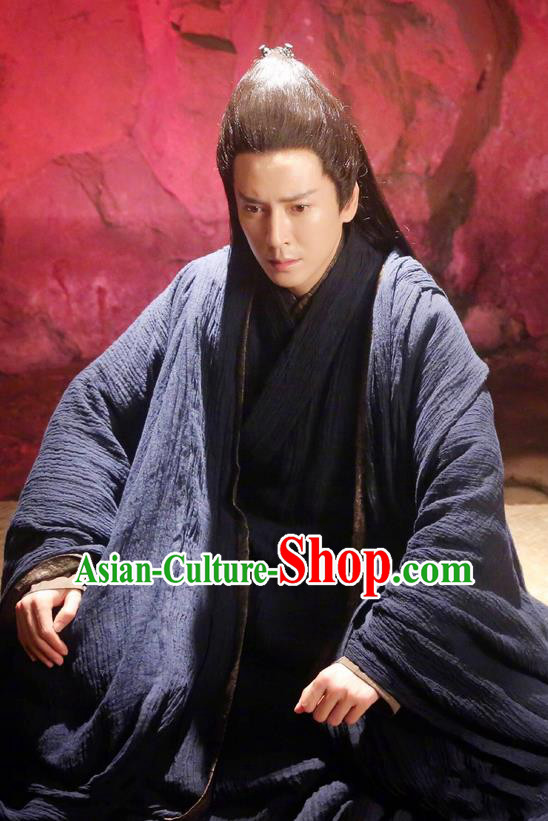 Asian Chinese Traditional Kawaler Costume, Lost Love In Times China Ancient Northern and Southern Dynasties Swordsman Robe Clothing