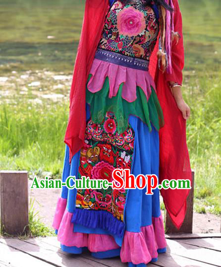 Traditional Chinese National Costume Half Skirt, Elegant Hanfu Tang Suit Embroidered Bust Skirt for Women