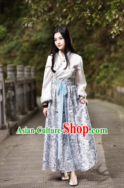 Traditional Chinese Han Dynasty Young Lady Costume, China Ancient Hanfu Blue and White Porcelain Dress Princess Clothing for Women