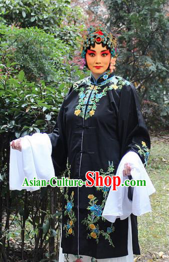 Traditional China Beijing Opera Young Lady Hua Tan Costume Black Embroidered Cape, Ancient Chinese Peking Opera Female Diva Embroidery Dress Clothing