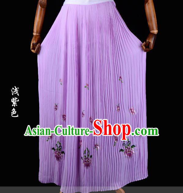 Traditional China Beijing Opera Young Lady Hua Tan Costume Female Embroidered Purple Pleated Skirt, Ancient Chinese Peking Opera Diva Embroidery Peony Dress Bust Skirt