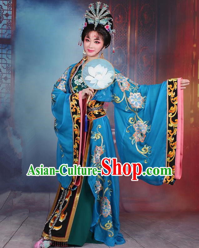 Traditional China Beijing Opera Young Lady Hua Tan Costume Princess Blue Embroidered Cape, Ancient Chinese Peking Opera Diva Embroidery Dress Clothing