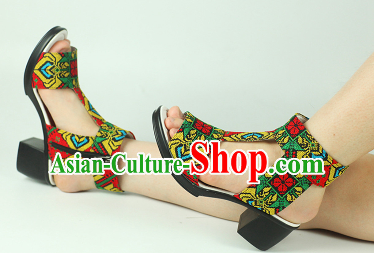 Traditional Handmade Hmong Women Hmoob Minority Shoes Miao Ethnic Shoes
