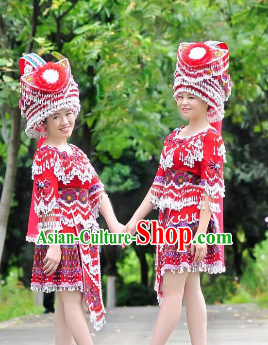 Traditional Chinese Miao Nationality Costume and Headwear, Hmong Folk Dance Ethnic Red Short Tassel Pleated Skirt, Chinese Minority Nationality Embroidery Clothing for Women