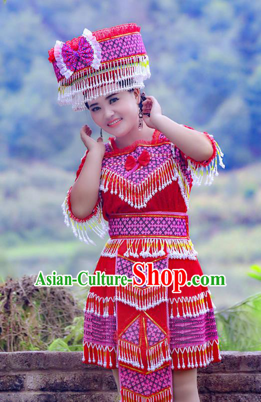 Traditional Chinese Miao Nationality Wedding Costume and Hat, Hmong Young Lady Folk Dance Ethnic Red Pleated Skirt, Chinese Minority Nationality Embroidery Clothing for Women