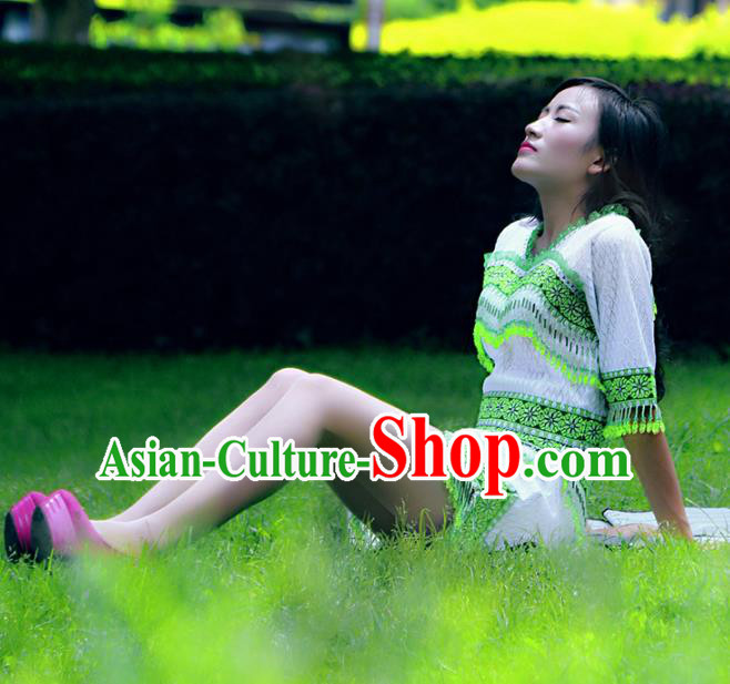 Traditional Chinese Miao Nationality Costume, Hmong Young Lady Folk Dance Ethnic Green Tassel Dress, Chinese Minority Nationality Embroidery Clothing for Women