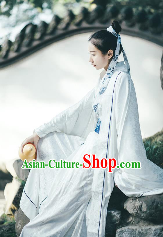 Traditional Chinese Ancient Hanfu Swordswoman Costume, Asian China Han Dynasty Palace Lady Embroidered Clothing for Women