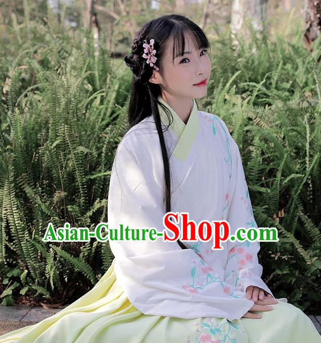 Traditional Chinese Ancient Hanfu Costume Embroidered Slant Opening White Blouse, Asian China Ming Dynasty Princess Upper Outer Garment Clothing for Women