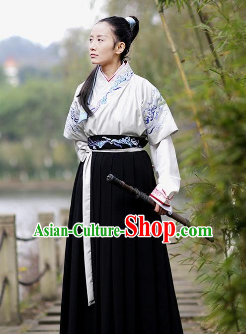 Asian Chinese Han Dynasty Swordswoman Costume, Ancient China Young Lady Embroidered Hanfu Clothing for Women