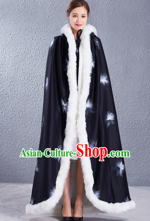 Traditional Chinese Ancient Princess Costumes Black Woolen Cloak for Women