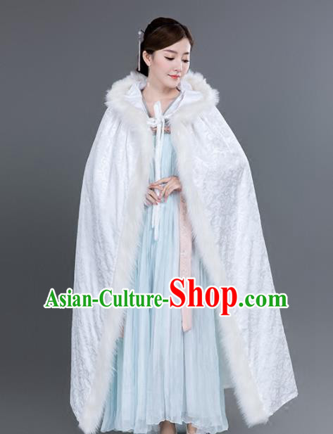 Chinese Traditional Costumes Ancient Princess Hanfu Thicken White Brocade Cloak for Women