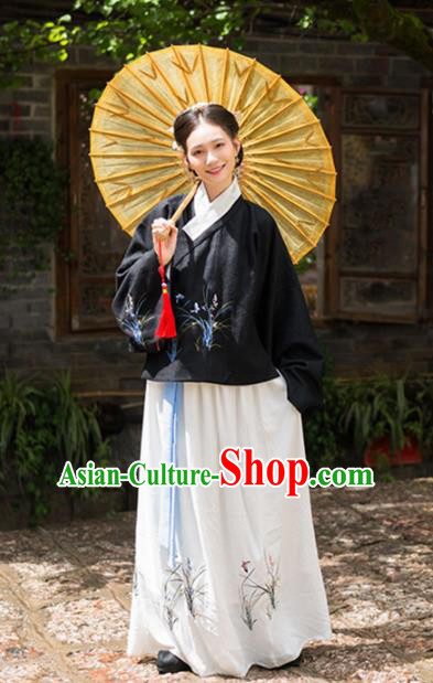 Ancient Chinese Ming Dynasty Nobility Lady Embroidered Costumes for Women