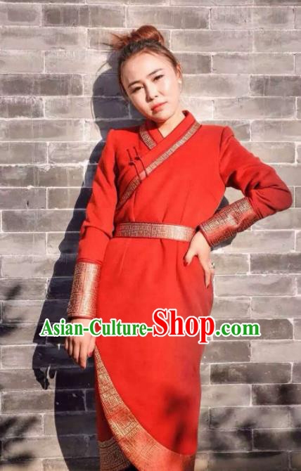 Chinese Mongol Minority Ethnic Costume Traditional Mongolian Red Woolen Coat for Women