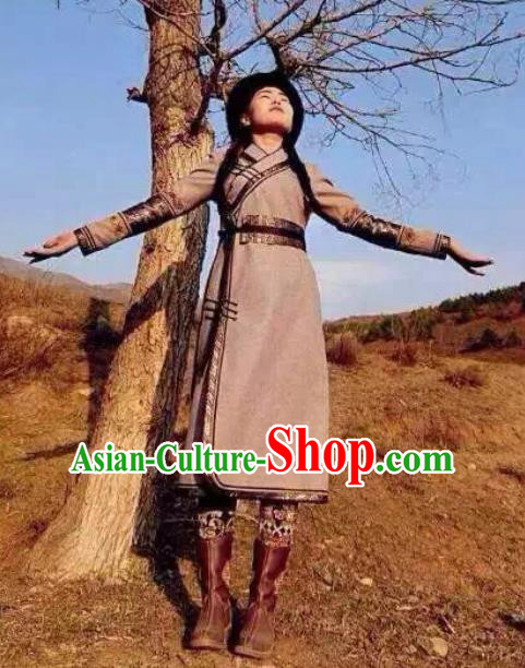 Chinese Mongol Minority Ethnic Costume Traditional Woolen Coat Mongolian Robe for Women