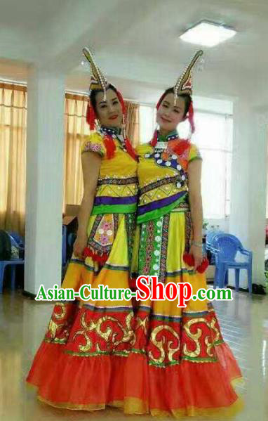 Chinese Traditional Yi Nationality Costumes Folk Dance Yellow Dress and Hat for Women