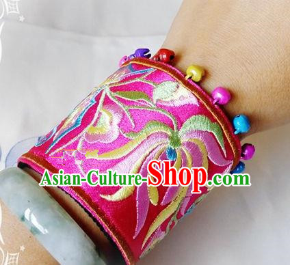 Chinese Traditional National Accessories Ethnic Embroidered Chrysanthemum Rosy Bracelet for Women