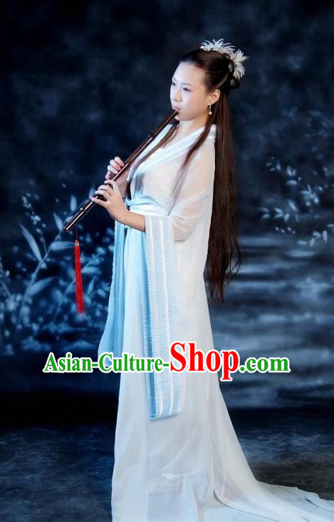 Chinese Ancient Swordswoman Costumes Tang Dynasty Princess White Hanfu Dress for Women