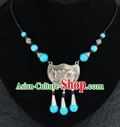 Chinese Traditional Jewelry Accessories Yunnan National Carving Fish Blue Beads Minority Necklace for Women