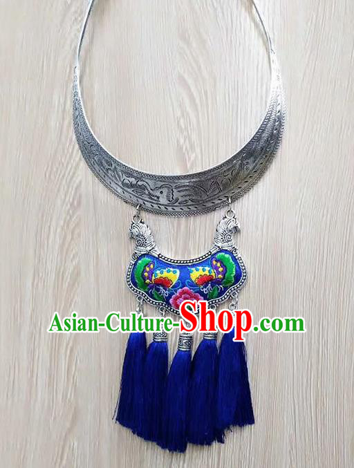 Chinese Traditional Miao Minority Blue Embroidered Sliver Necklace Ethnic Folk Dance Accessories for Women