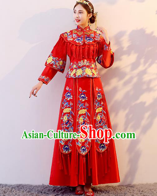 Traditional Chinese Wedding Costume Ancient Bride Embroidered Red Peony Tassel Xiuhe Suit Clothing for Women