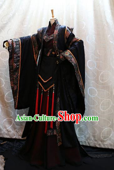 Ancient China Cosplay Royal Highness Costumes Swordsman Knight Embroidered Clothing for Men