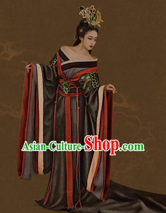 Traditional Chinese Ancient Imperial Empress Trailing Embroidered Costume and Headpiece Complete Set for Women