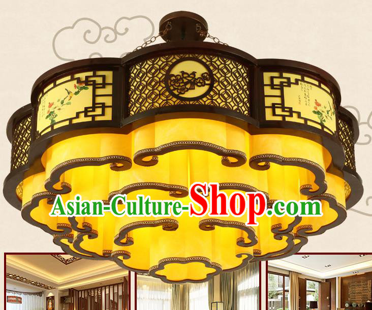China Traditional Handmade Ancient Pierced Wood Lantern Palace Lanterns Ceiling Lamp
