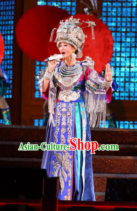 Traditional Chinese Miao Minority Nationality Folk Dance Costume and Headwear Complete Set for Women