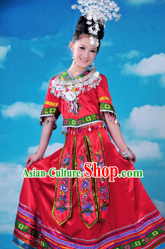 Traditional Chinese Miao Minority Nationality Embroidered Costume Red Dress for Women