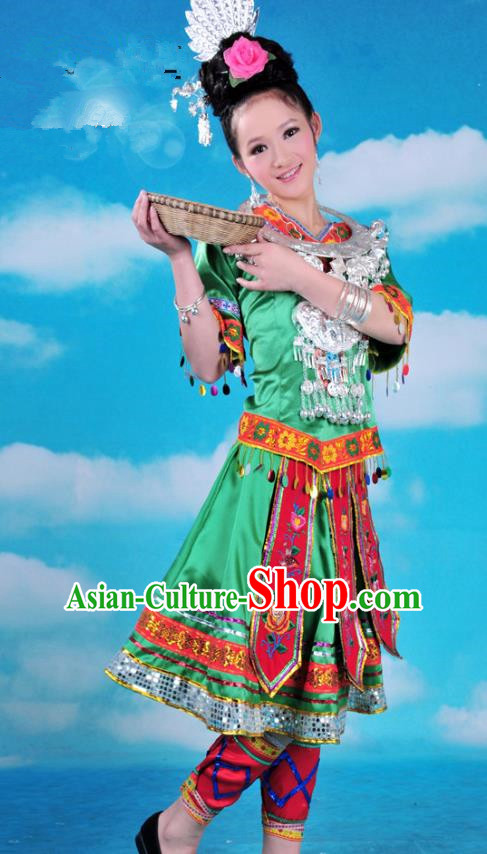 Traditional Chinese Miao Minority Nationality Embroidered Costume Green Pleated Skirt for Women