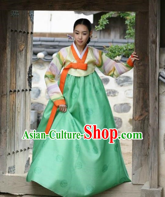 Korean Traditional Bride Palace Hanbok Clothing Korean Fashion Apparel Yellow Blouse and Green Dress for Women