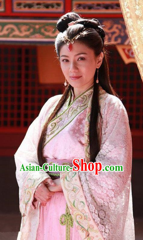 Ancient Chinese Ming Dynasty Princess of Zhu Yuanzhang Embroidered Dress Replica Costume for Women