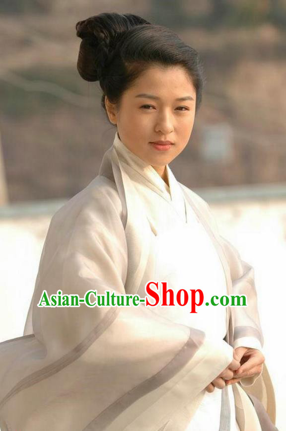 Ancient Chinese Song Dynasty Yang Five Daughter-in-law Swordswoman Replica Costume for Women