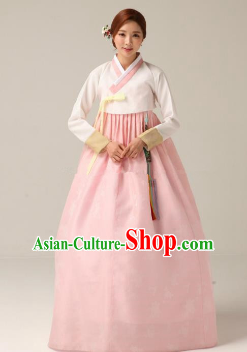 Korean Traditional Bride Hanbok Formal Occasions White Blouse and Pink Dress Ancient Fashion Apparel Costumes for Women