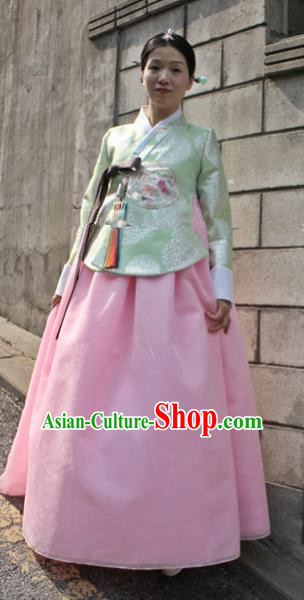 Korean Traditional Bride Hanbok Formal Occasions Green Blouse and Pink Dress Ancient Fashion Apparel Costumes for Women