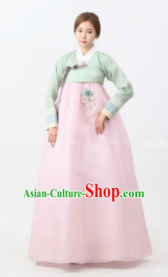 Korean Traditional Bride Hanbok Formal Occasions Green Blouse and Light Pink Dress Ancient Fashion Apparel Costumes for Women