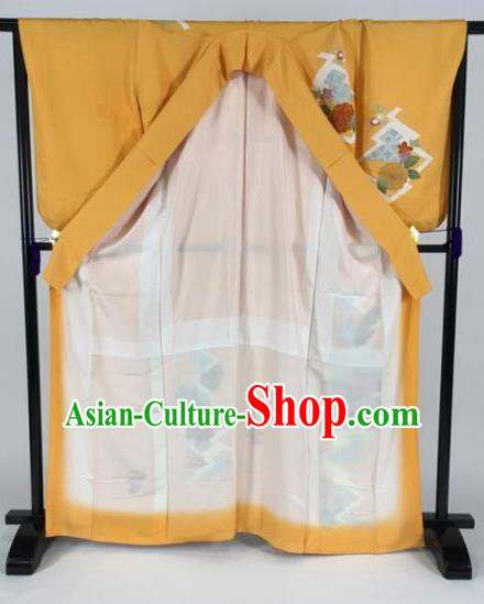 Japan Traditional Kimono Yellow Furisode Kimono Ancient Yukata Dress Formal Costume for Women