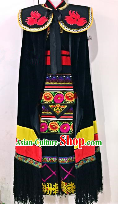 Traditional Chinese Bai Nationality Dance Costume China Yi Minority Embroidered Clothing for Men