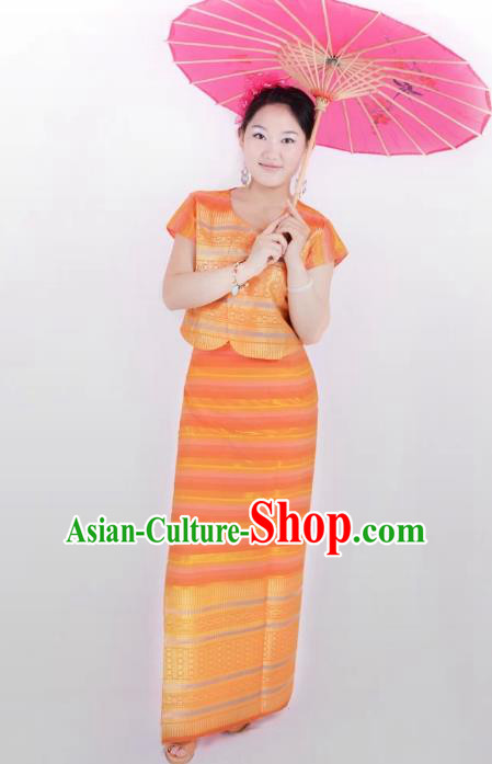 Traditional Chinese Dai Nationality Costume, China Peacock Dance Folk Dance Orange Dress for Women