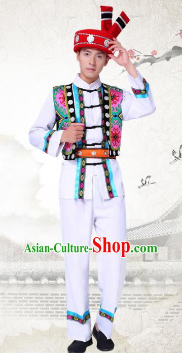 Traditional Chinese National Minority White Costumes and Headwear Tujia Ethnic Minority Embroidery Clothing for Men