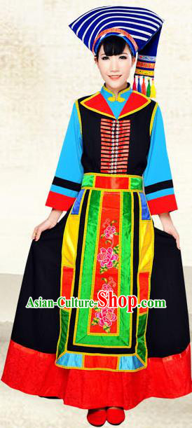 Traditional Chinese Blang Nationality Dance Costume, China Blang Ethnic Minority Clothing and Headdress for Women
