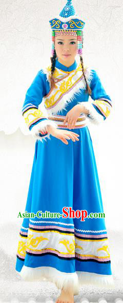 Traditional Chinese Hezhen Nationality Embroidered Costume, China He Zhe Ethnic Minority Dance Clothing and Headdress for Women
