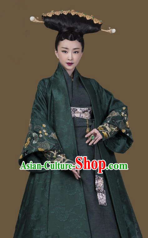 Untouchable Lovers Chinese Ancient Queen Mother Embroidered Hanfu Southern and Northern Dynasties Empress Dowager Replica Costume for Women