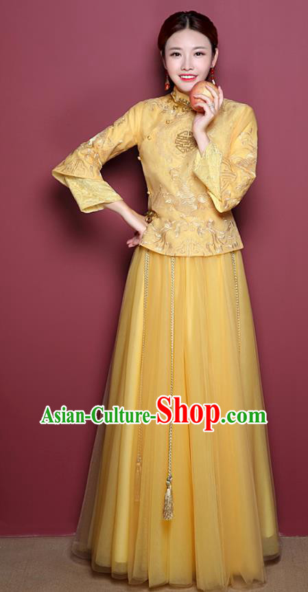 Chinese Ancient Wedding Costume Bride Yellow Toast Clothing, China Traditional Delicate Embroidered Dress Xiuhe Suits for Women